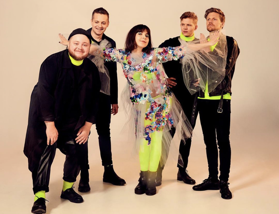 Of Monsters and Men – Alligator (Official Video)